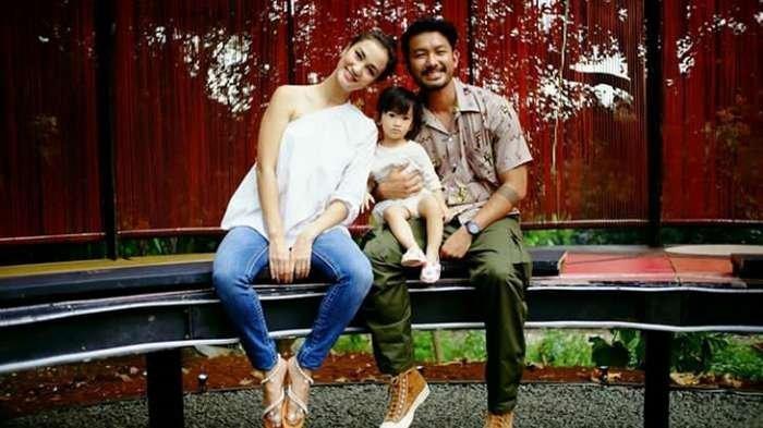 Rio Dewanto Mengaku Kehilangan Momen Bersama  Putri Kecilnya