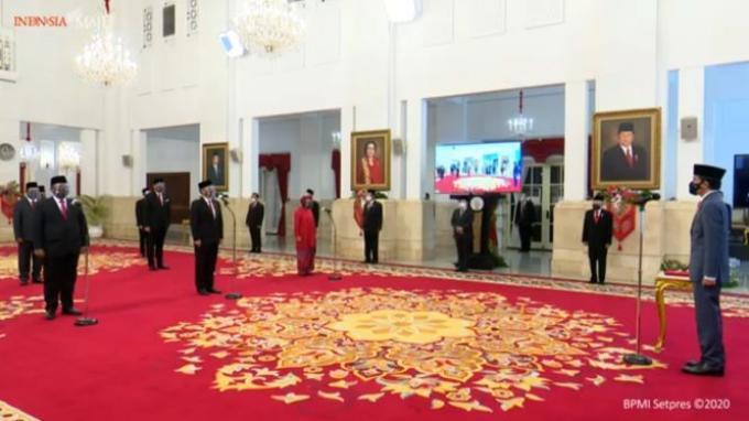 Presiden Joko Widodo (Jokowi) resmi melantik enam orang menteri baru dan lima orang wakil menteri dalam Kabinet Indonesia Maju periode 2019-2024, Rabu (23/12/2020).