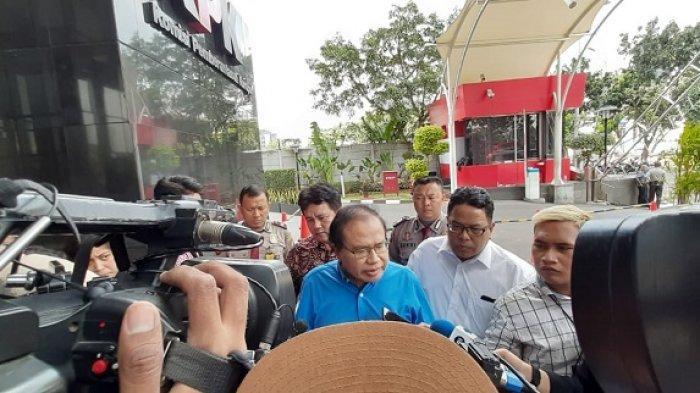 Mantan Menteri Koordinator Bidang Ekonomi, Keuangan, dan Industri Rizal Ramli, diperiksa KPK terkait kasus BLBI