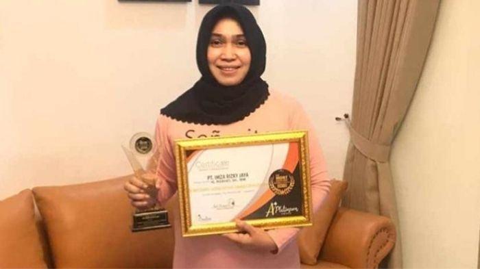 2020, Empat Penghargaan yang Diraih Hj Rizayati Penggagas 'Indonesia Terang'