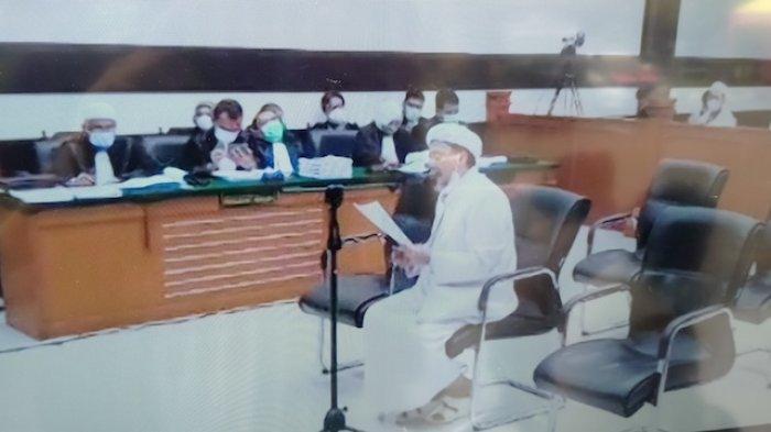 Fakta Sidang Rizieq Shihab Hari Ini: Singgung Kasus Ahok hingga Ditegur Hakim karena Syal Palestina