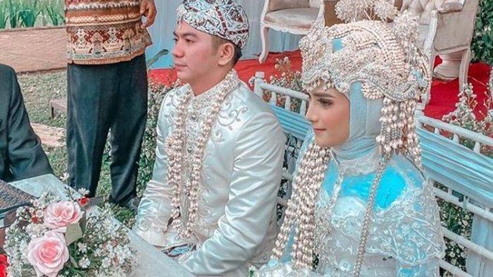 Rizki Syafaruddin atau yang lebih dikenal sebagai Rizky DAcademy menikah dengan gadis pilihannya, Nadya Mustika Rahayu, Jumat (17/7/2020).(Instagram/Evi Masamba)