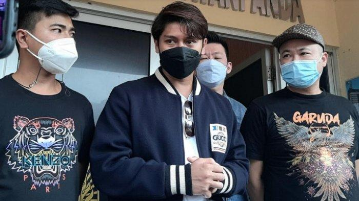 Rizky Billar ditemui di Polsek Tanjung Duren, Jakarta Barat, Rabu (10/3/2021).