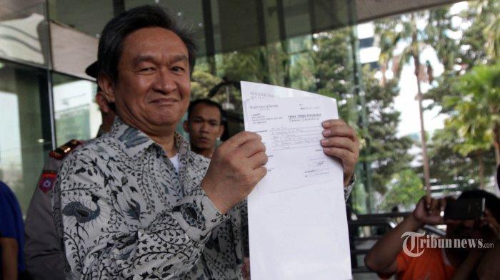 RJ Lino Masih Terbaring di Rumah Sakit