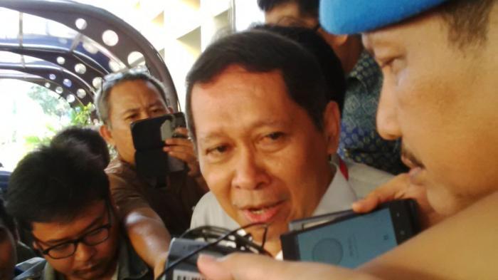 RJ Lino Menyuruh Rizal Ramli Sekolah Lagi
