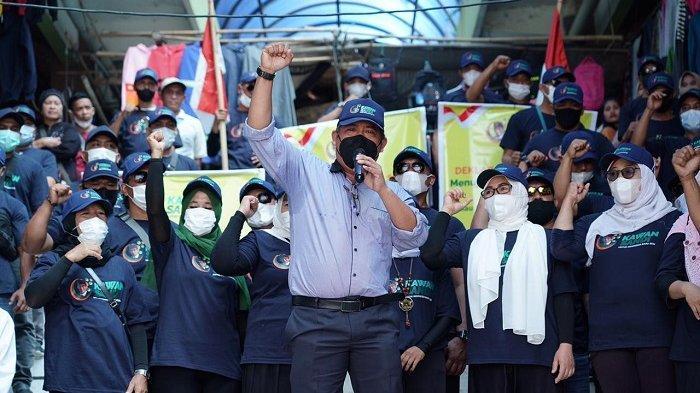 Relawan Kawan Sandi Deklarasi Dukung Sandiaga Maju Pilpres 2024 di Pasar Tradisional Lombok