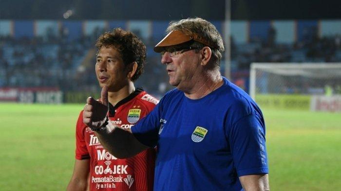 Kiper Persib Bandung Ini Mengaku tak Alami Kendala Saat Latihan Perdana di Stadion GBLA