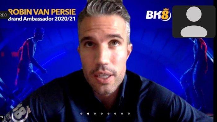 Robin Van Persie Kembali Sapa Penggemar di Indonesia, Pilih Messi atau Ronaldo?