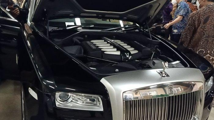 Rolls-Royce Type Ghost 2012 Milik Kementerian Sosial, Akan Dilelang Untuk Umum/Lusius Genik.