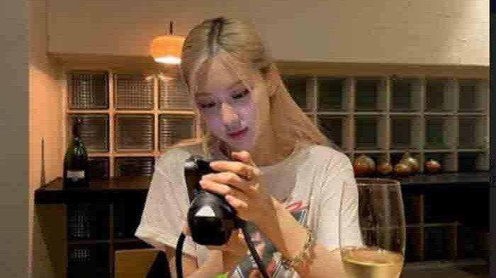 Susul Jennie, Rose BLACKPINK Berencana Bikin Channel YouTube Pribadi