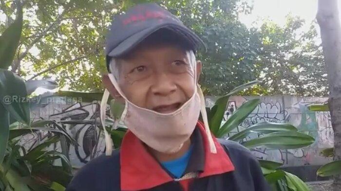 Kisah Kakek Winarto, Penjual Roti di Surabaya yang Sedekahkan Dagangan pada Warga yang Ditemui