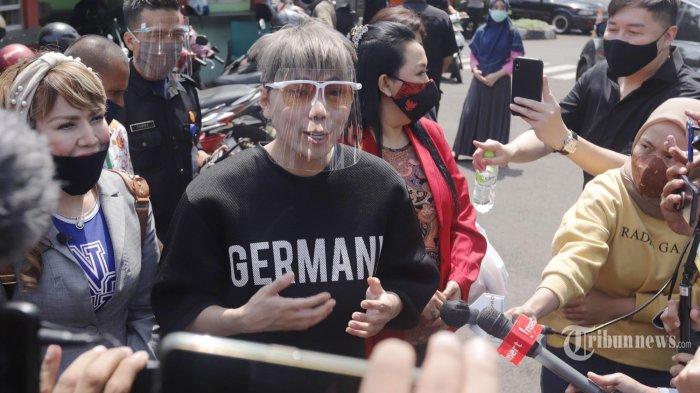 Roy Kiyoshi Kini Tampil Lebih 'Berwarna': 'Semoga Menjadi Inspirasi Baru'