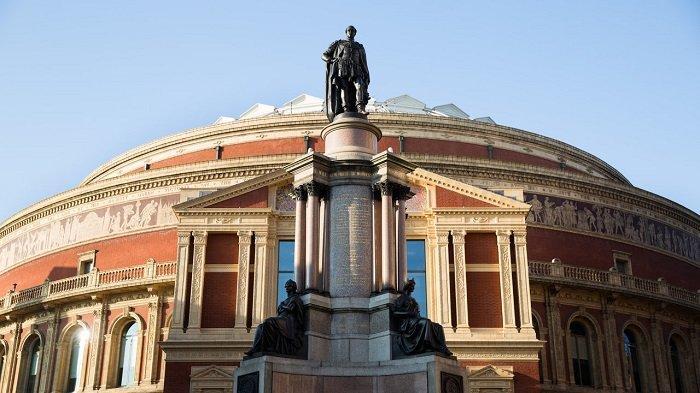 Wabah Corona Menyebar di London, Royal Albert Hall dan Barbican Ditutup