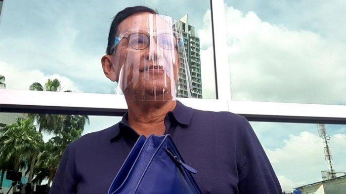 Roy Marten saat ditemui di kawasan Jl. Kapten Tendean Jakarta Selatan, Senin (28/12/2020) - Aktor senior Roy Marten buka suara terkait penetapan mantan menantu Gisella Anastasia sebagai tersangka dalam kasus video syur.