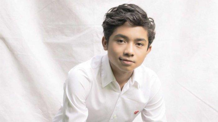Betrand Peto Ulang Tahun yang ke-16 Tahun, Ruben Onsu Beri Kejutan hingga Onyo Panik