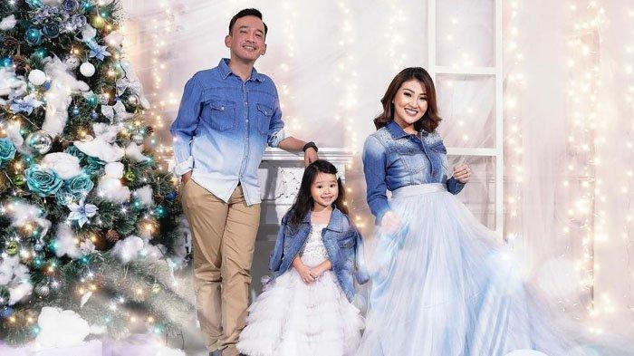Ruben Onsu dan Sarwendah rayakan Natal