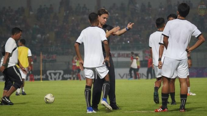 Kesal Timnya Dijuliki Tim Bintang, Pelatih Bhayangkara FC Singgung Bali United, Persipura, Persija