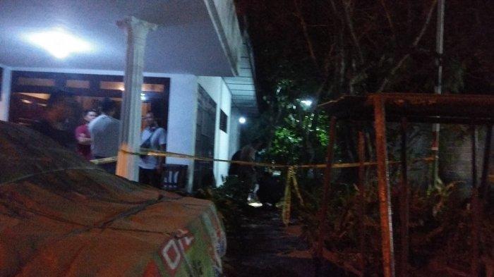 Rumah peninggalan mertua bupati Bantul di Jalan Parangtritis yang jadi korban pelemparan bahan peledak orang tak dikenal