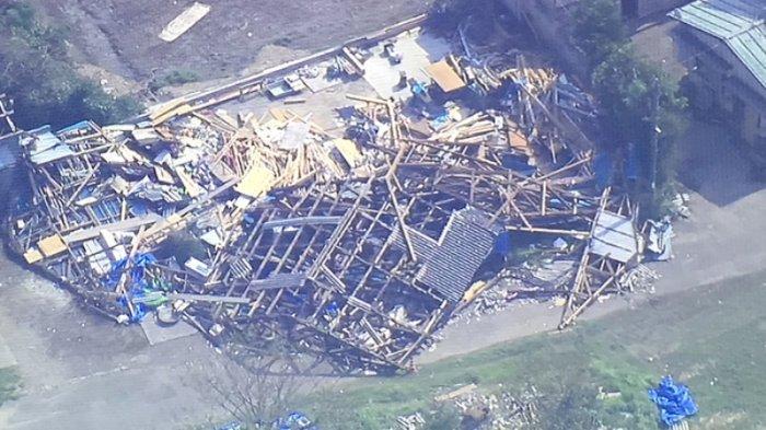 Rumah hancur di Minami Boso Chiba Jepang dihantam taifun hari Minggu dan Senin pagi (2/9/2019)