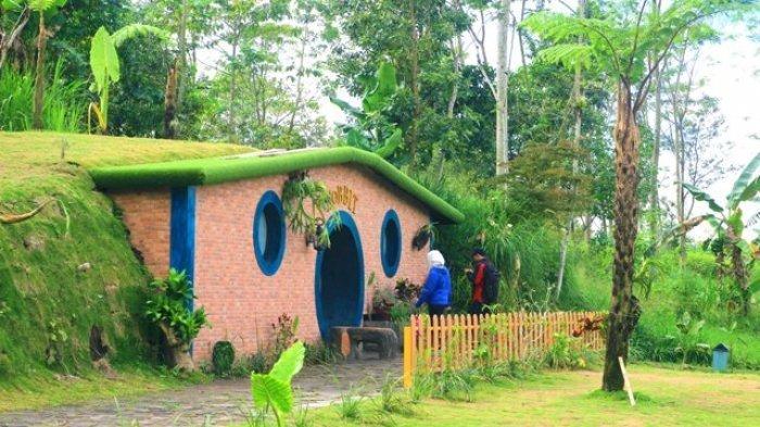 Rute dan Harga Tiket Rumah Hobbit Kaliurang, Jogja yang Mirip di Selandia Baru
