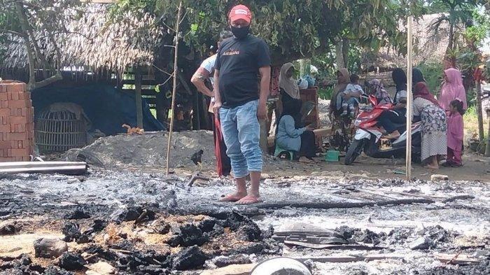 Idrus Dibawa ke RS Jiwa Usai Membakar Rumah yang Ditempatinya Bersama Istri dan 2 Anak