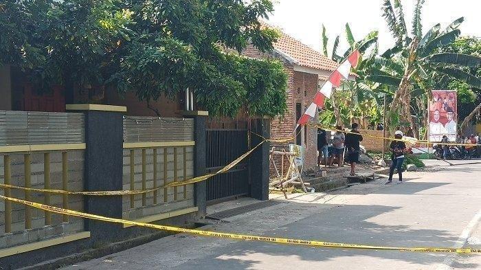Rumah keluarga Suranto, korban pembunuhan satu keluarga di Dukuh Slemben RT 01 RW 05, Desa Duwet, Kecamatan Baki, Sukoharjo pada Minggu (23/8/2020).