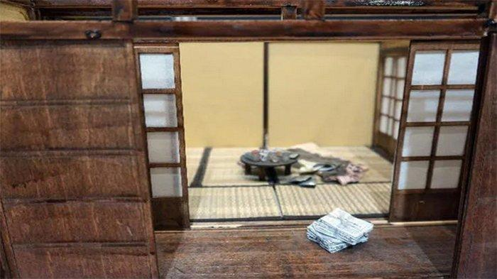 Sebuah rumah di Jepang bekas tempat warga lansia meninggal sudah lama tetapi tak ada yang mengetahuinya, disebut Kodokushi.