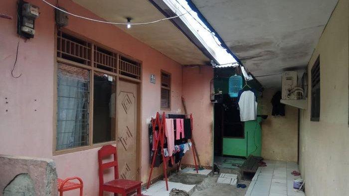 Sang Istri Sedih MM Ditangkap Densus, Tetangga Beri Bantuan Makanan untuk 4 Anaknya