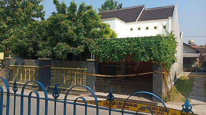 Rumah satu keluarga yang dibunuh mengenaskan di Dukuh Slemben RT 01 RW 5, Desa Duwet, Kecamatan Baki, Kabupaten Sukoharjo, Sabtu (22/8/2020).