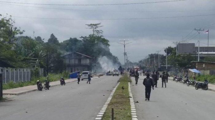 Kontak Senjata di Deiyai Papua, Jenazah Serda Rikson, Anggota TNI yang Gugur Dievakuasi ke Nabire