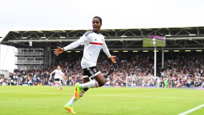 Berita Transfer - Juan Foyth Cidera, Ryan Sessegnon Segera Gabung Tottenham Hotspur