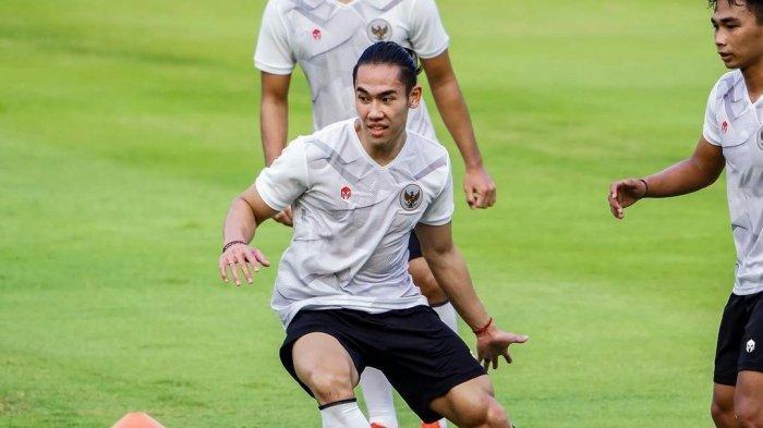JELANG Timnas Indonesia vs Oman, Shin Tae-yong Evaluasi Pertahanan, Ryuji Utomo Bisa Jadi Opsi