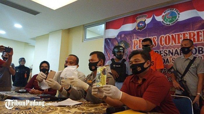 Warga Aceh Diamankan Saat Bawa Sabu Hampir 1 Kilogram dalam Mobil Travel di Padang