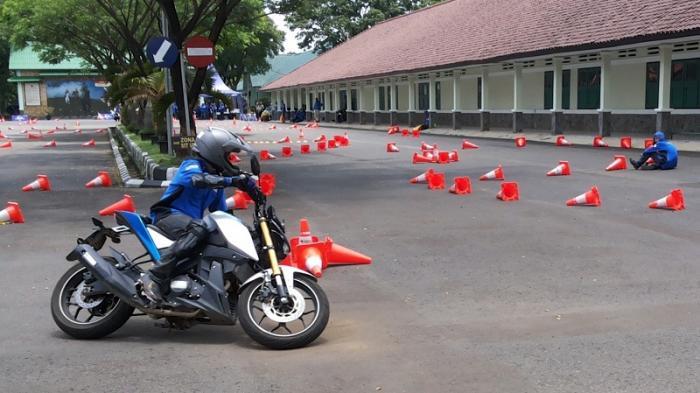 Xabre Itu Lincah dan Akselerasinya Bagus, Cocok Buat Aktivitas Safety Riding