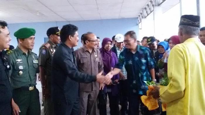 TNI/ Polri Kerahkan Ribuan Personel di Sail Selat Karimata 2016 Kayong Utara