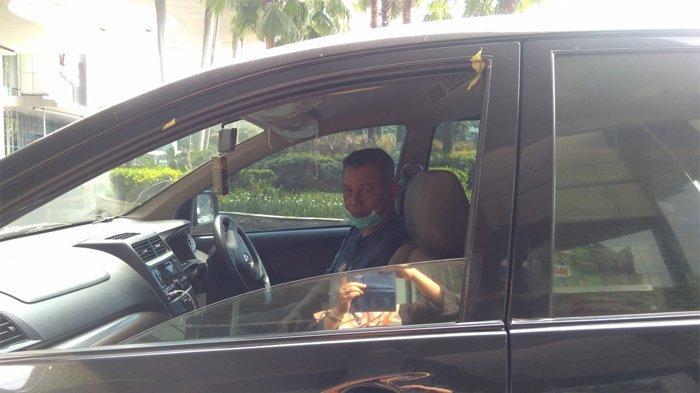 Saipul Bahri, sopir taksi online di kawasan Gandaria, Jakarta Selatan, Sabtu (18/4/2020).