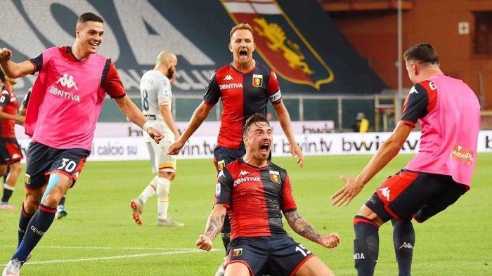 Salah satu selebrasi gol para pemain Genoa di Liga Italia musim ini