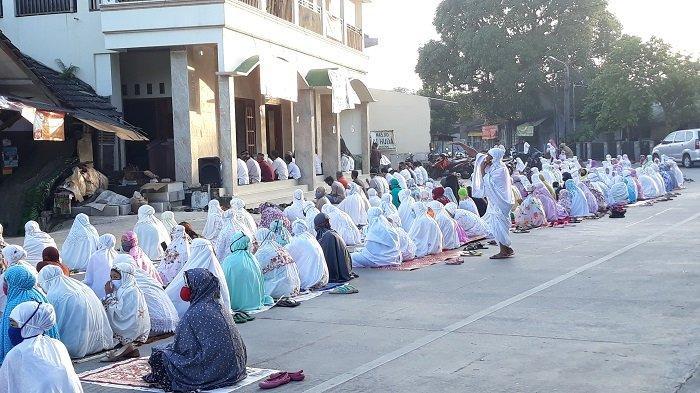 Masuk Zona Hijau, Tidak Semua Masjid di Pekayon Jaya Bekasi Gelar Salat Id Berjamaah