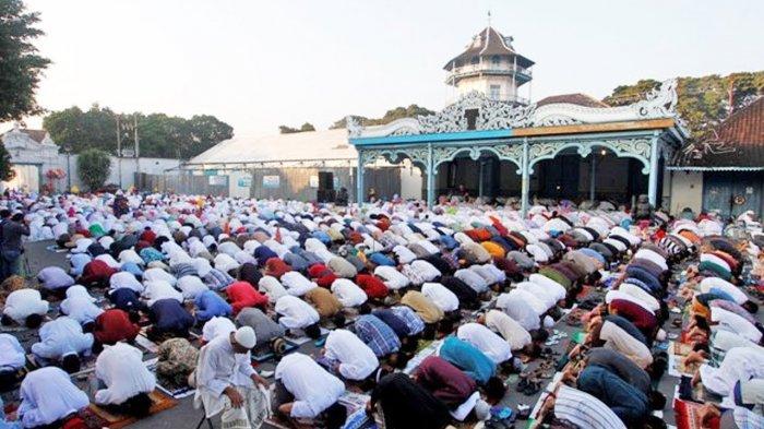 Doa Niat Salat Id Idul Fitri, Lengkap dengan Bacaan di Antara Takbir