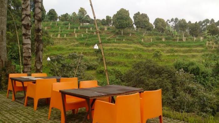 Daftar Tempat Makan Bernuansa Romantis Abis di Bandung, Pas Buat Ajak Gebetan
