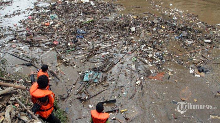 Banjir Mulai Surut, Seluruh Pintu Air di Jakarta dan Sekitarnya Senin Malam Berstatus Normal