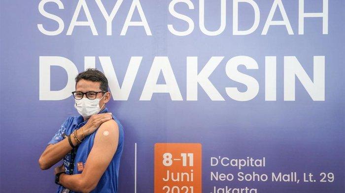 Sandiaga Deg-degan Disuntik Vaksin AstraZeneca