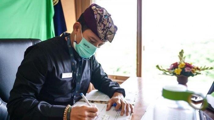 Sandiaga Uno Resmi Berkantor di Bali