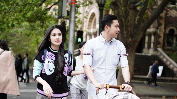 Sandra Dewi dan suaminya, Harvey Moeis.