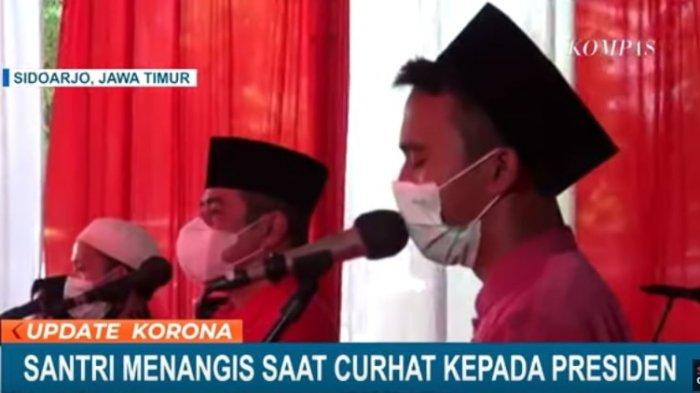 Santri Ini Menangis Ketika Berbincang dengan Jokowi, Ungkap Rindu Mengaji Bersama