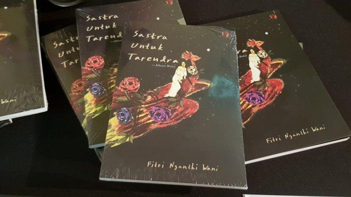 Acara peluncuran album buku baru Fitri Nganthi Wani di Bentara Budaya Solo