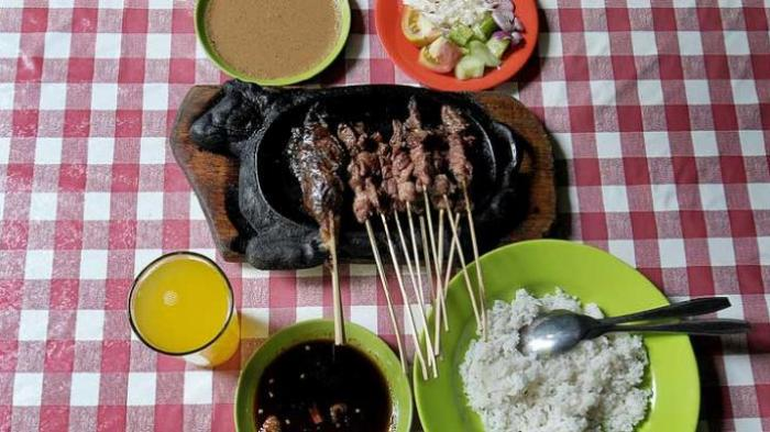 Sate Buntel Kardjan, Kuliner Legendaris di Bandung, Bumbu dan Kecapnya Serba Rahasia