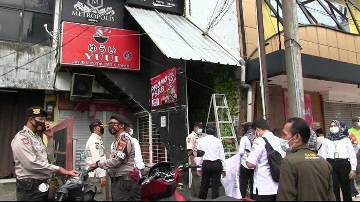 Satpol PP Tutup Permanen Griya Pijat Metropolis Jakarta Selatan Karena Ditemukan Praktik Prostitusi