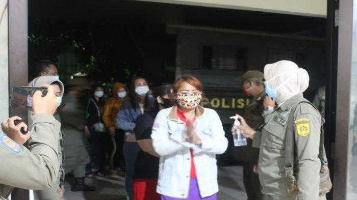 Satpol PP Amankan 16 Terapis Panti Pijat di Cileungsi Bogor yang Beroperasi Saat PSBB