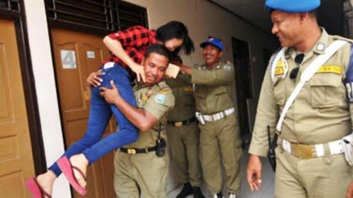 Beredar Kabar Anggota Satpol PP Temukan Putrinya di Hotel, Ini Klarifikasi dari Surabaya